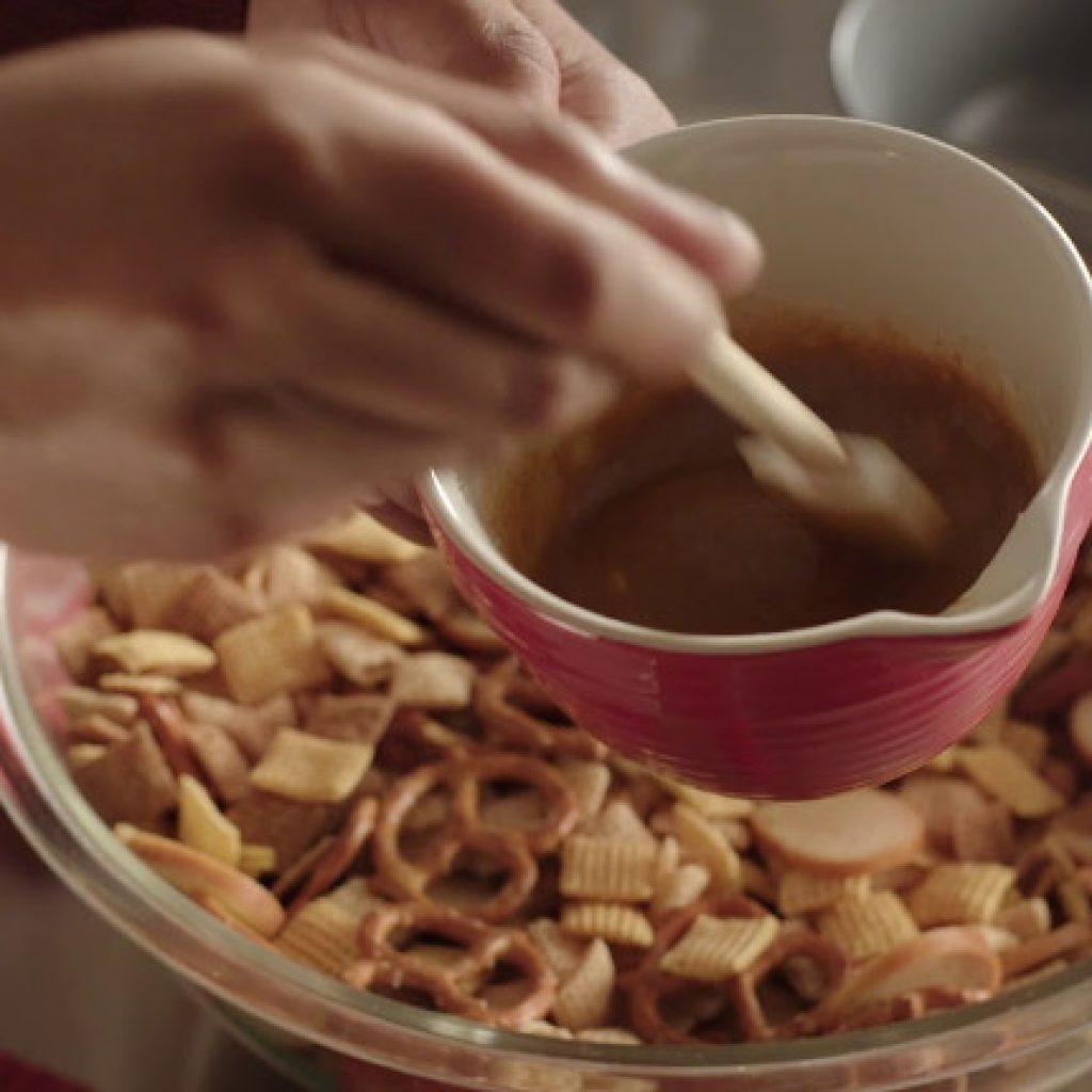 B Chex Mix Recipe for Party that You Can Make on Your Own