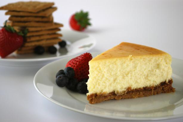 Keebler Graham Cracker Crust Cheesecake Recipe for Family's Savory Treat