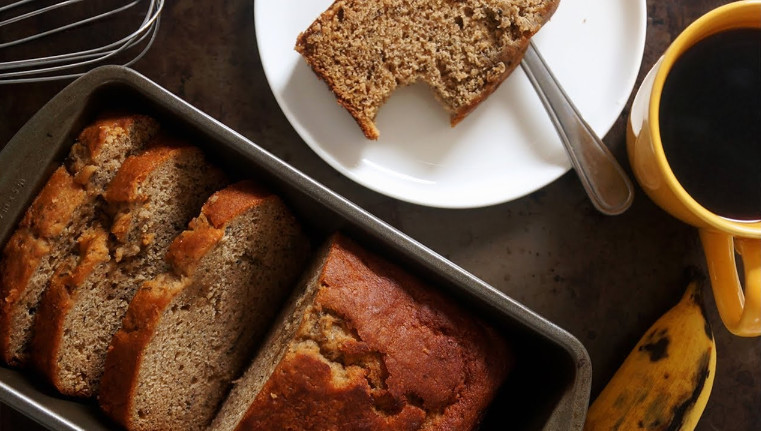 Super Moist Banana Nut Bread Recipe with Delicious Flavor