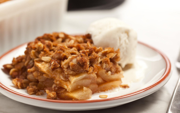 The Incredible Apple Crisp Recipe Paula Deen for Perfect Dessert