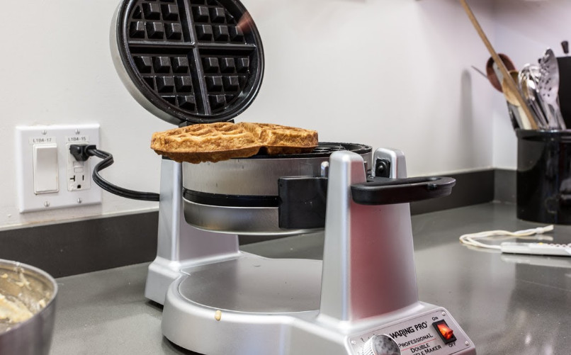 how to use a Belgian waffle maker