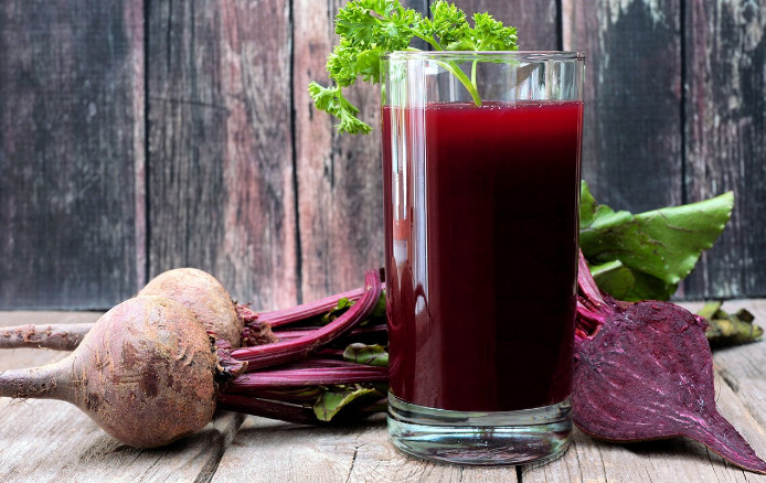 Beets in Juicer, an Easy Way to Have a Healthy Meal