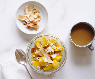 Tropical Mango Overnight Oats