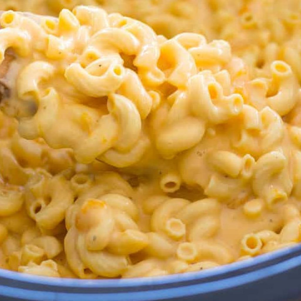 Crock Pot Mac and Cheese with Evaporated Milk Easy Recipe, Creamy and Tasty!